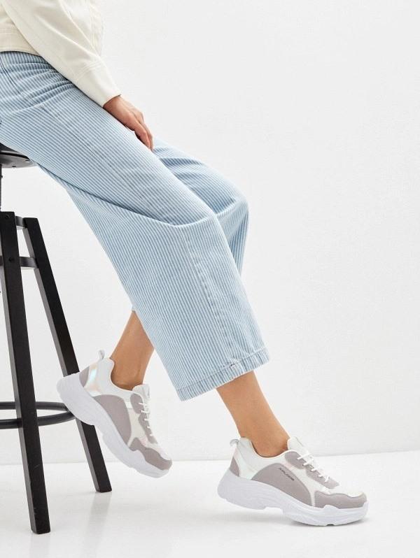 Женские кроссовки 2020 в Ламода